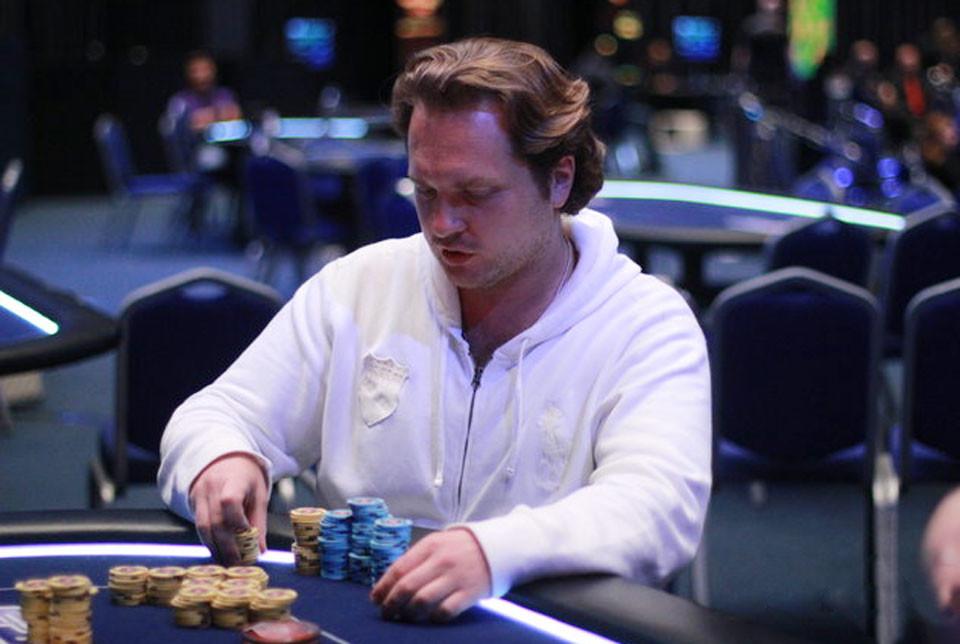 Раньше Глеб Привалов любил играть в казино, теперь он играет со смертью. Фото © GIPSYTEAM
