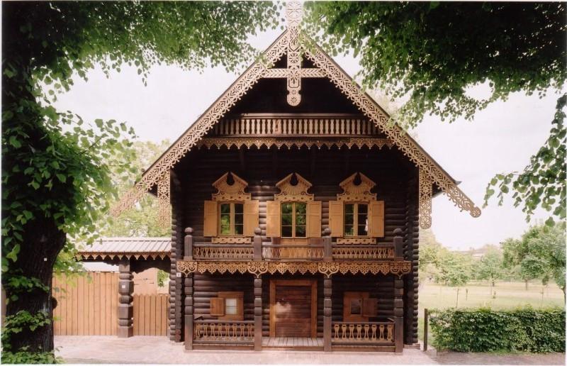 Дом в русском поселении Александровка в Потсдаме. Фото: ©alexandrowka.de
