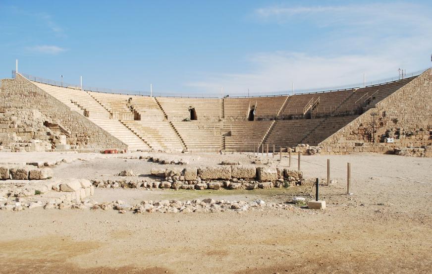 Театр в Кесарии. Фото © Flickr / Bill Rice