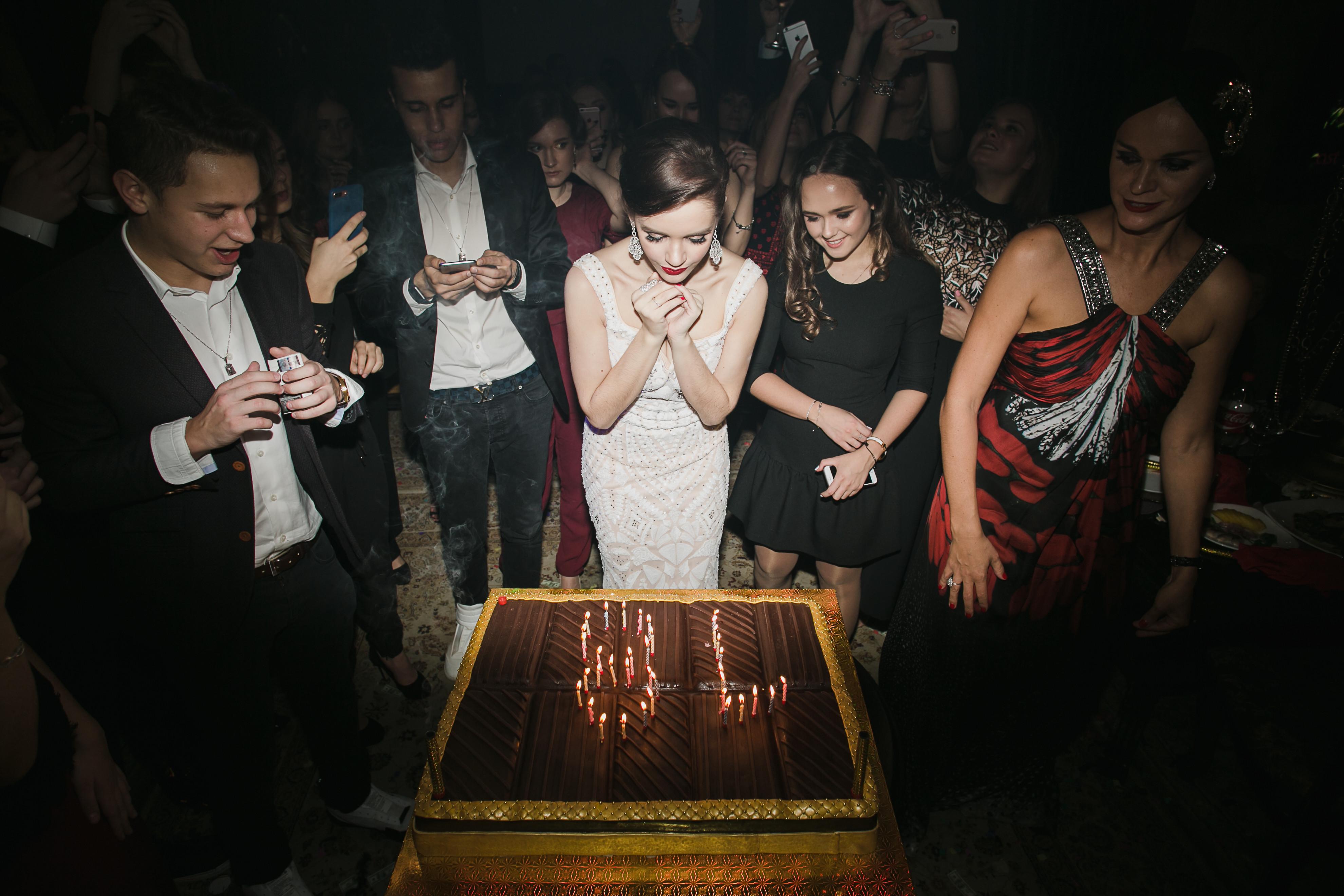 День рождения Александры Фото: LIFE