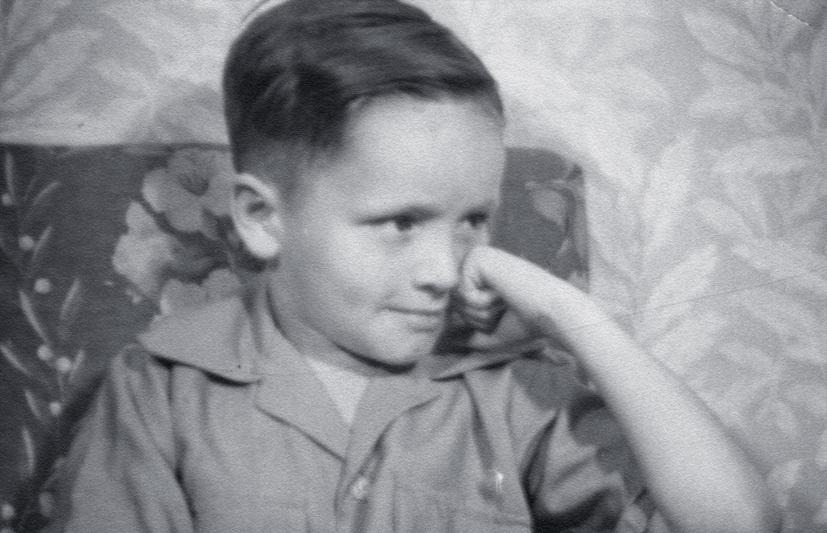 Чарльзу Мэнсону пять лет. Фото © Biographics