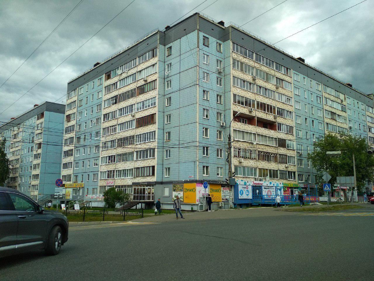 Дом 19 по улице Холмогорова, где произошло убийство. Фото © Ирина Бурцева