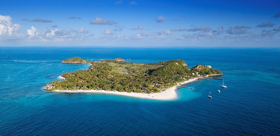 Фото © Palm Island Resort & Spa