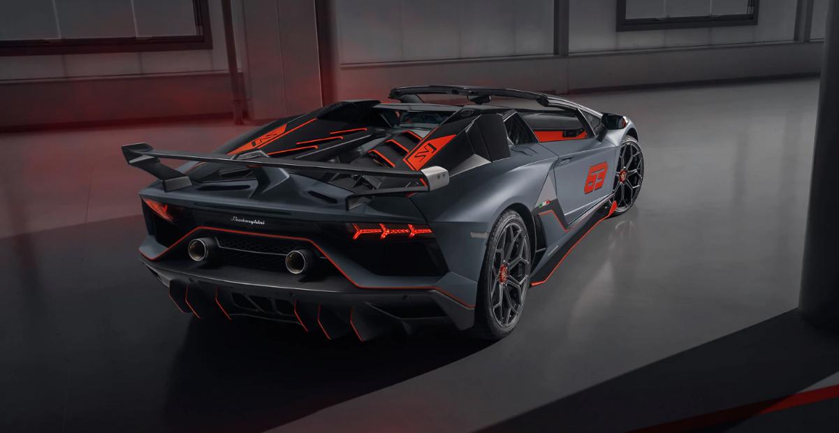 Фото © Lamborghini.com