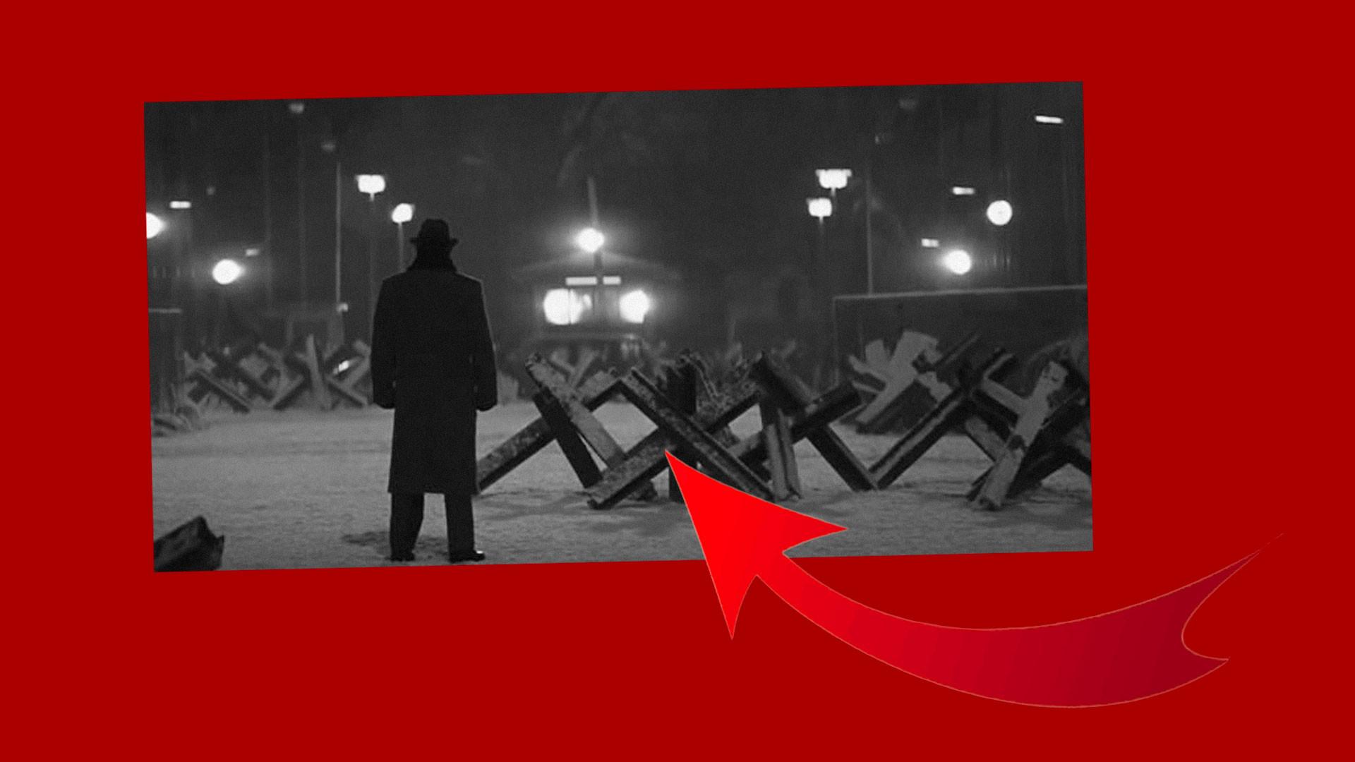 """Коллаж © LIFE. Кадр фильма """"Шпионский мост"""" / """"Кинопоиск"""""""