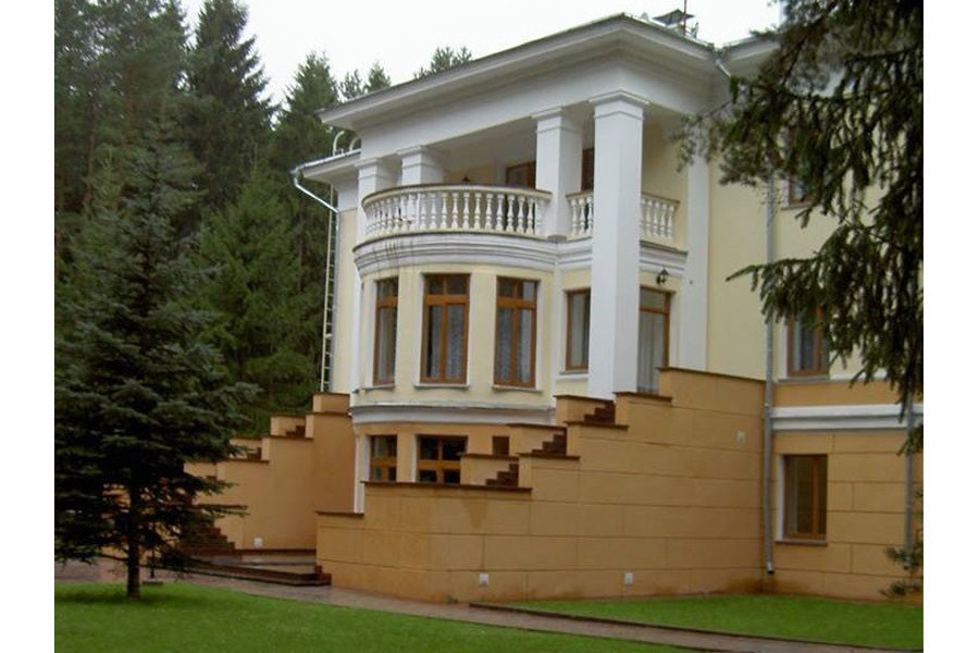 """""""Губернаторская резиденция"""" в Гнёздово. Фото © keytown.me"""