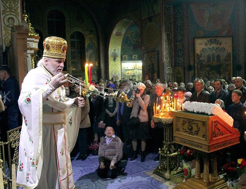 Николай Стремский во время службы. Фото © Официальный сайт Свято-Троицкой Симеоновой обители