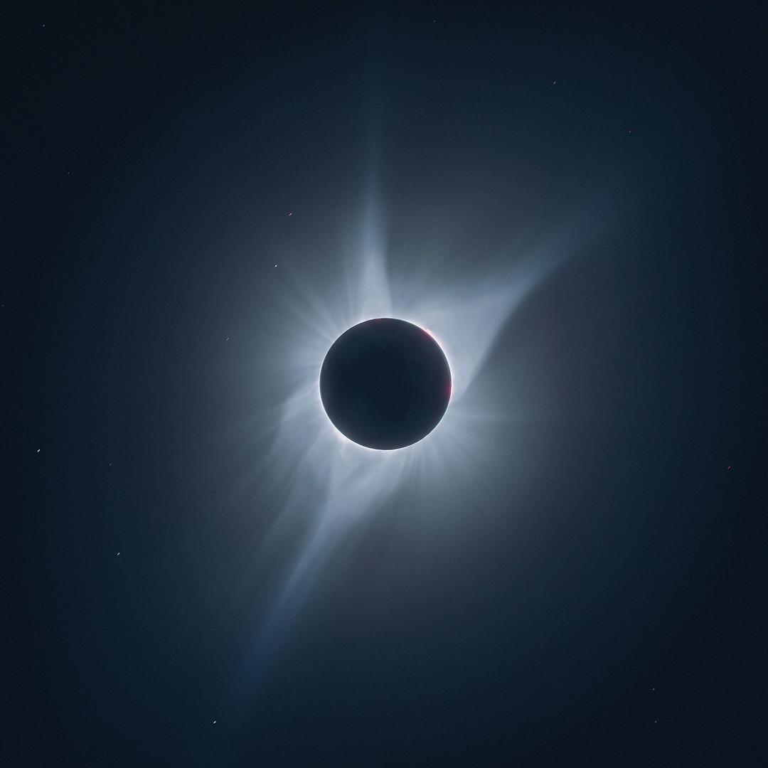 Снимок солнечного затмения, сделанный Рувимом Ву в 2017 году. Фото © Instagram/itsreuben