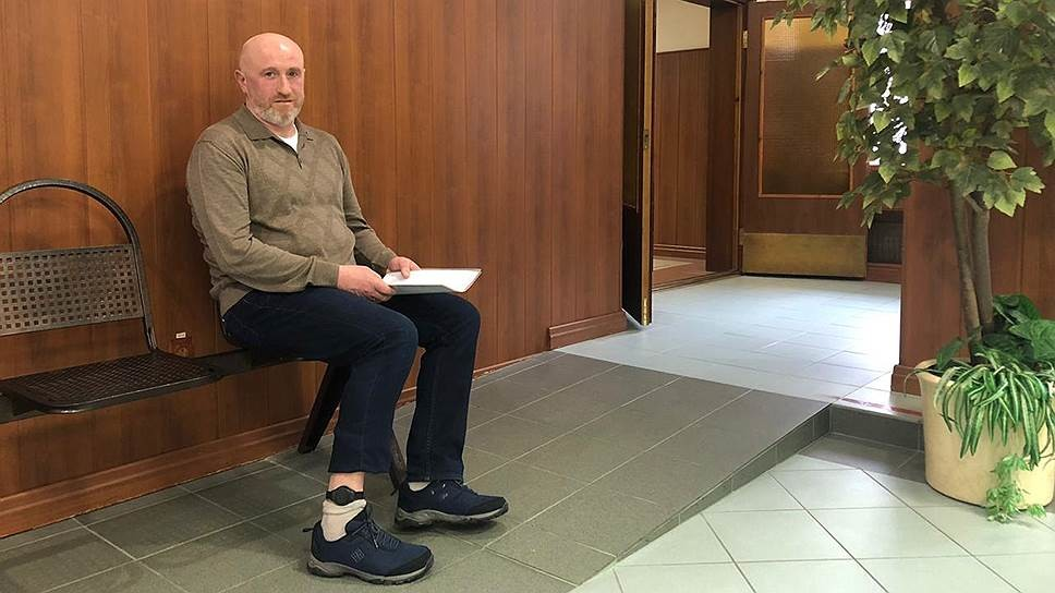 "Юрий Тузов в суде. Фото © ""Коммерсант"""