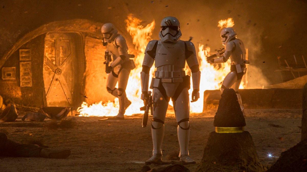 """Кадр из фильма """"Звёздные войны: Пробуждение силы"""" © """"Кинопоиск"""""""