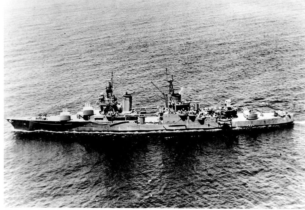 """Крейсер ВМФ США """"Индианаполис"""". Фото © indysurvivor.com"""