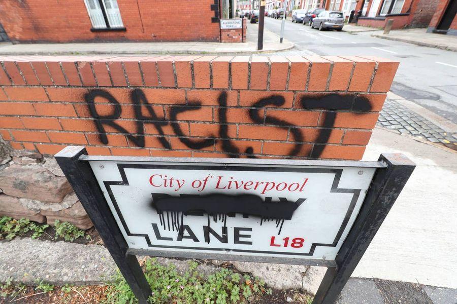 "<p>Фото © <a href=""https://www.standard.co.uk/news/uk/penny-lane-liverpool-slave-trade-a4467776.html"" target=""_blank"" rel=""noopener noreferrer"">Evening Standard</a></p>"
