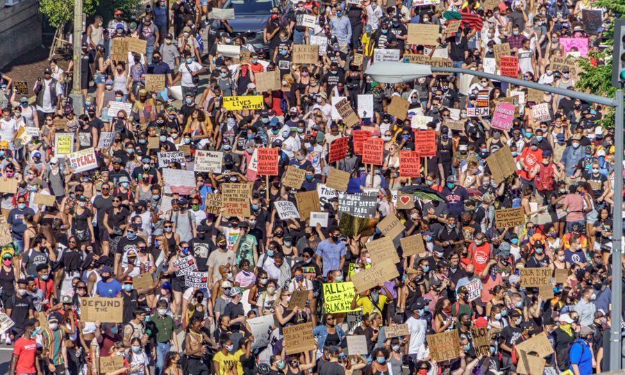 Уличные протесты после убийства полицейскими афроамериканца Джорджа Флойда. Вашингтон, 6 июня 2020 года. Фото © Flickr / Ted Eytan