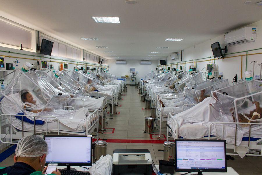 <p>Полевой госпиталь в Бразилии. Фото © ТАСС / DPA / Lucas Silva</p>
