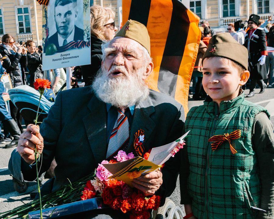"<p>Фото © VK / <a href=""https://vk.com/polk_russia"" target=""_blank"" rel=""noopener noreferrer"">Бессмертный полк России</a></p>"