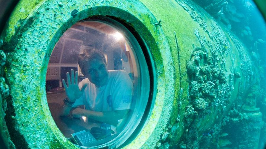 """Фабьен Кусто на борту подводной лаборатории """"Водолей"""" в 2014 году. Фото © Cousteau.org"""