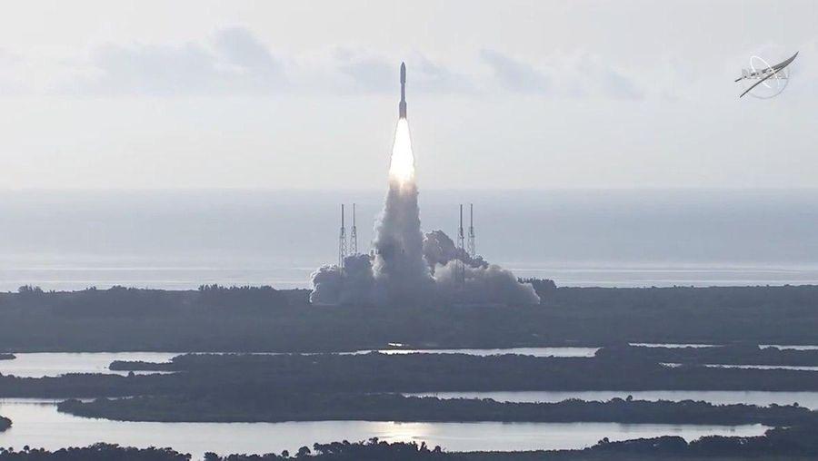 <p>Кадр из видеотрансляции NASA</p>