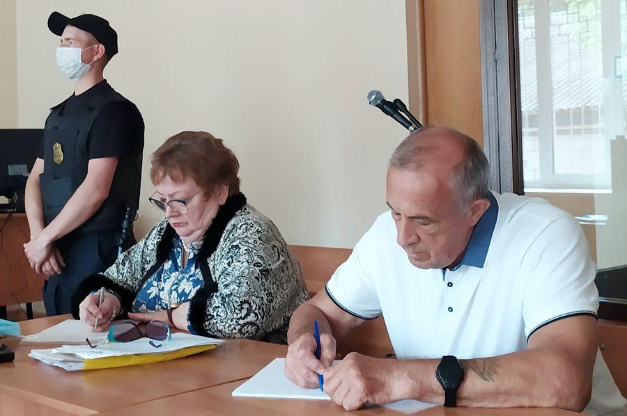<p>Александр Соловьёв (справа) на заседании в Завьяловском районном суде. Фото © Георгий Поветкин / ТАСС</p>