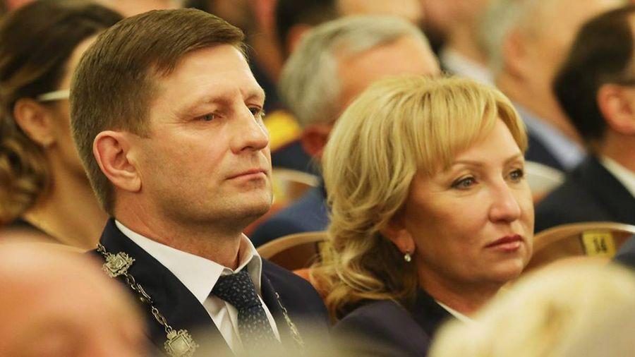 Губернатор Сергей Фургал и Лариса Стародубова. Фото © DVhab.ru