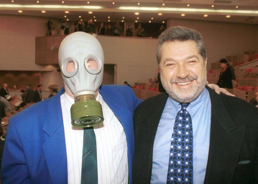 Вячеслав Марычев (слева) и Юлий Гусман в перерыве между заседаниями Думы. Фото © ТАСС / Николай Малышев
