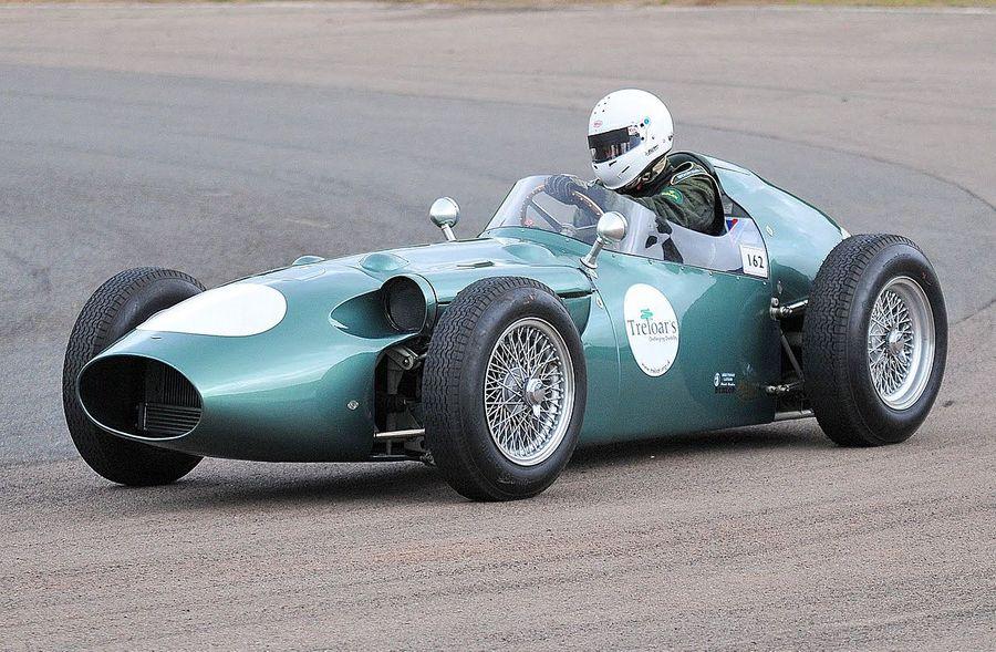 Гоночный болид Aston Martin 1959 года. Фото © wikipedia.org
