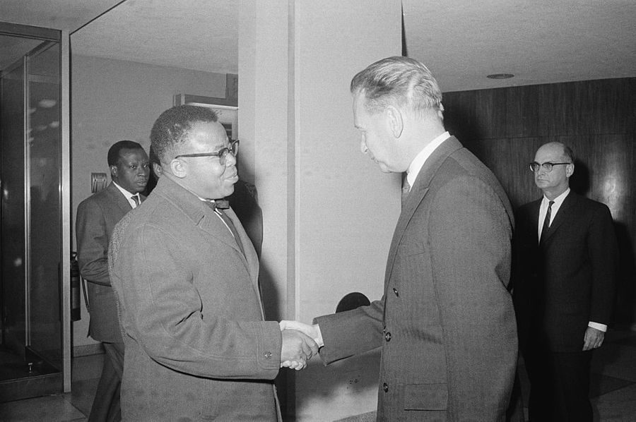 Даг Хаммаршельд и Жозеф Касавубу. Фото © Getty Images