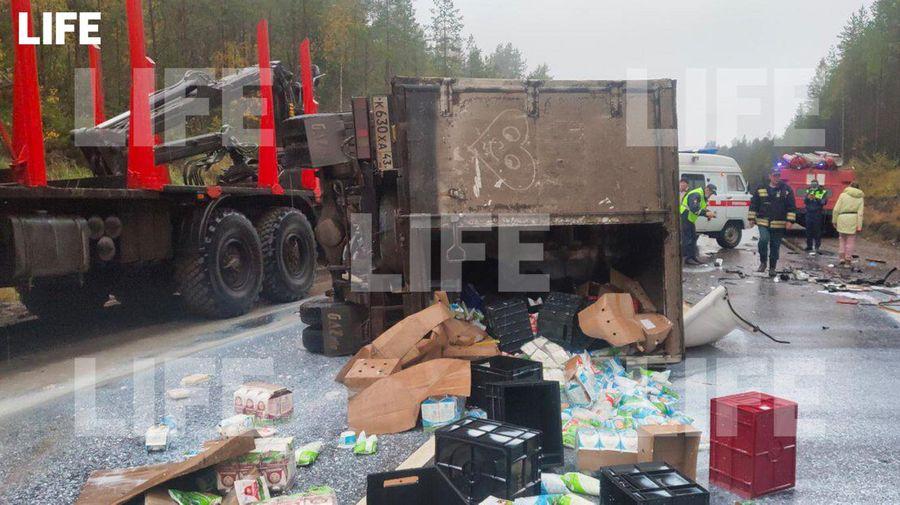 Фото с места происшествия в редакцию Лайфа прислал гражданский журналист через приложение LiveCorr (доступно на Android и iOS)