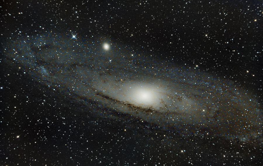 Галактика Андромеды. Фото © Flickr / Tudor Chibacu