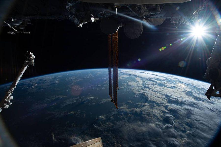 <p>Вид Земли с борта Международной космической станции (МКС). Фото © ТАСС / NASA / ZUMA Wire</p>