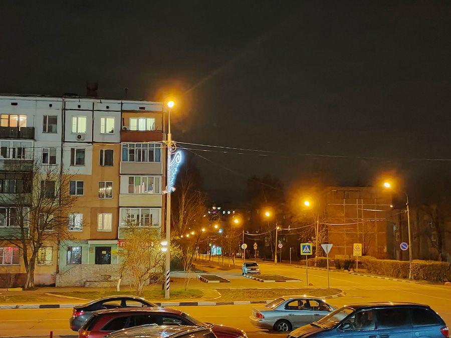 Ночной режим x2. Фото © LIFE / Денис Марков