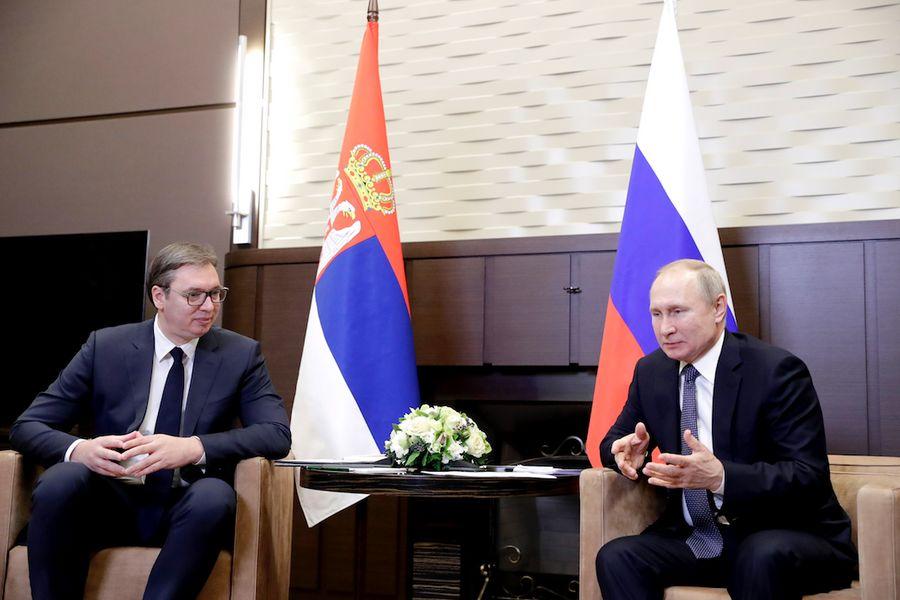 <p>Владимир Путин (справа) и Александр Вучич. Фото © Михаил Метцель / ТАСС</p>