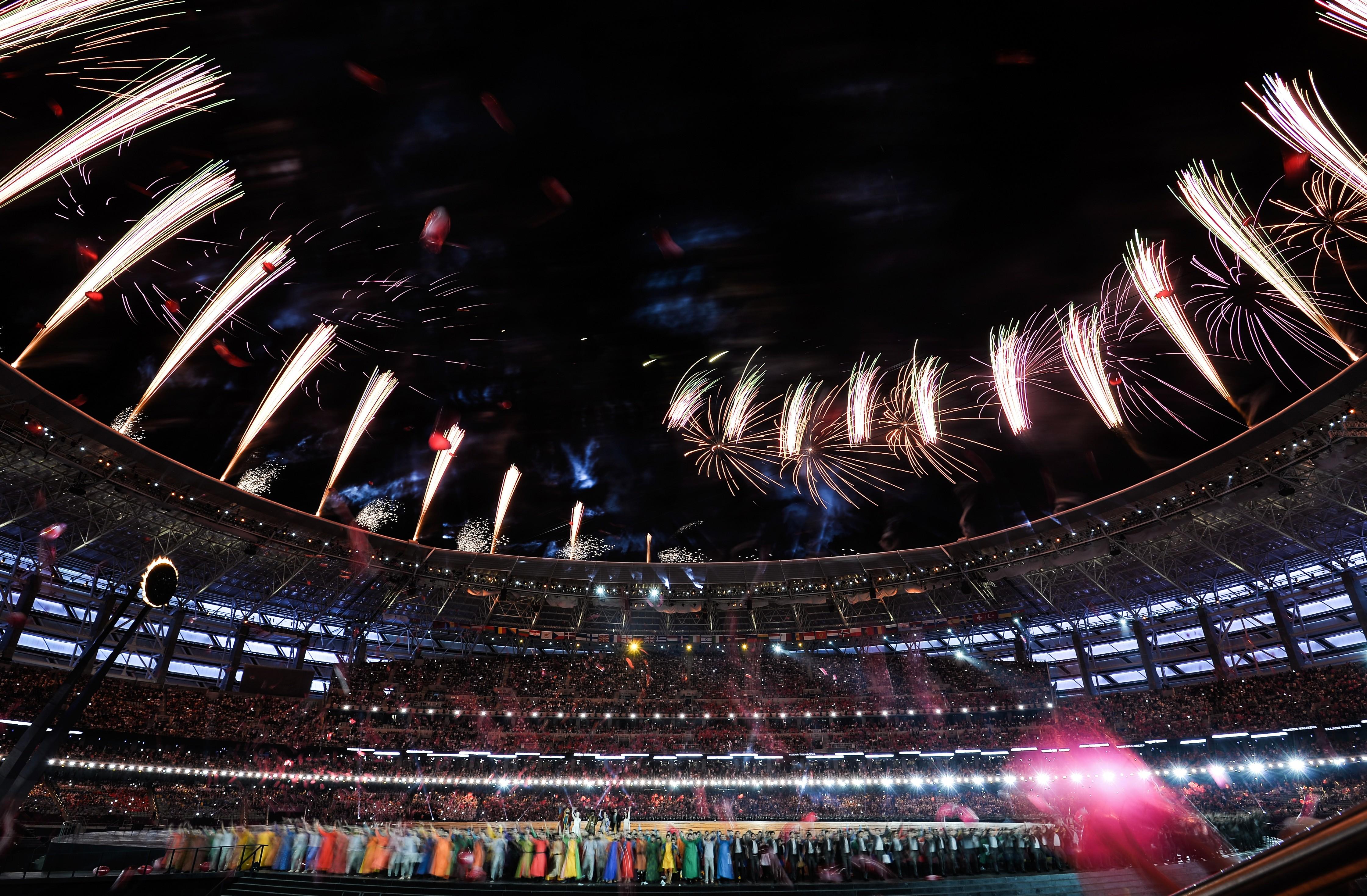 "Бакинский олимпийский стадион во время закрытия I Европейских игр в 2015 году. Фото © РИА ""Новости"" / Владимир Астапкович"
