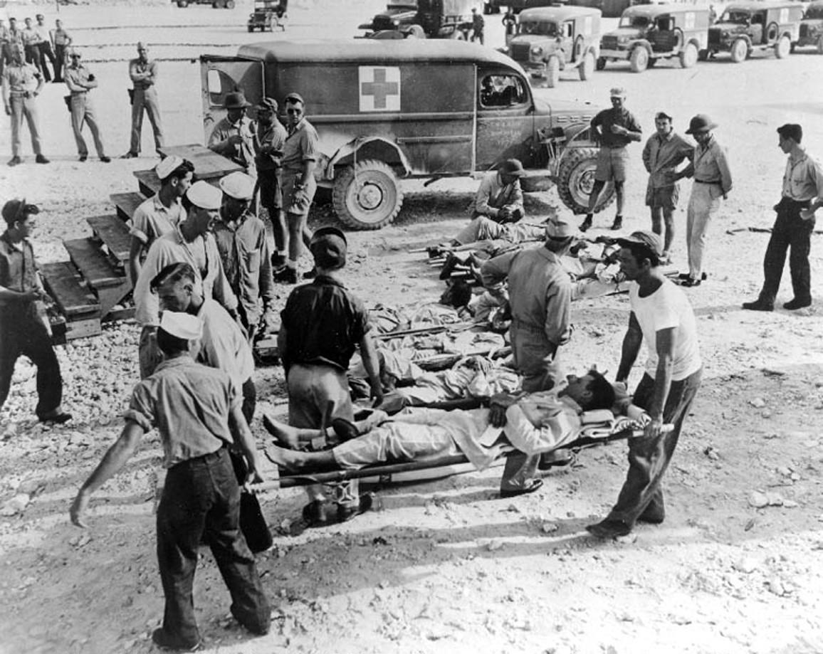 """Выжившие в крушении """"Индианаполиса"""". Фото © indysurvivor.com"""