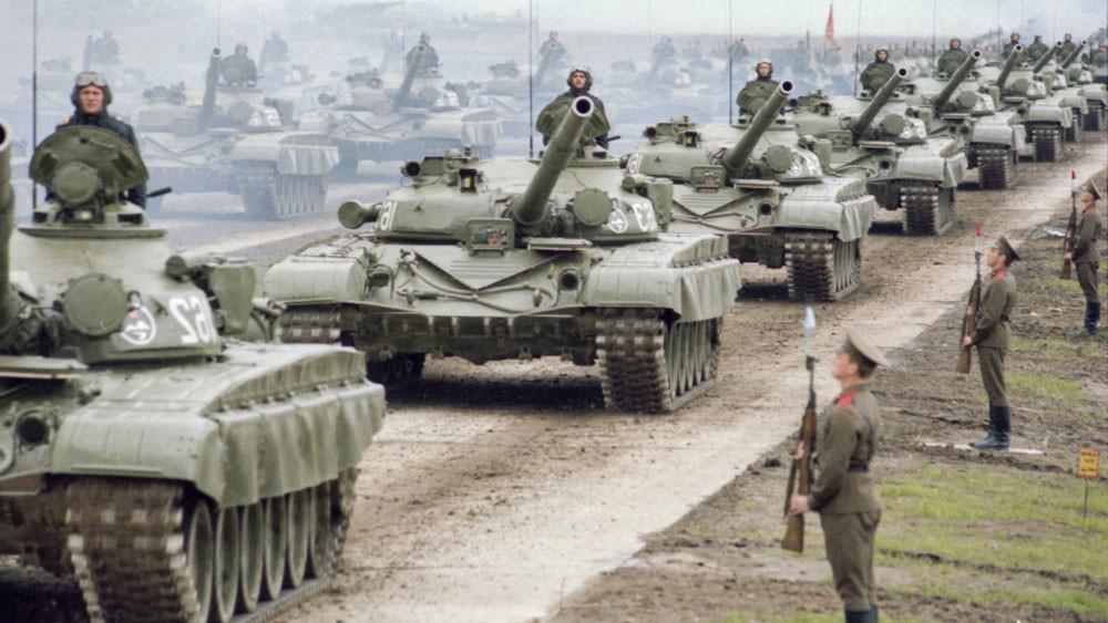 """Войсковые учения """"Запад-1981"""". Фото © Фотохроника ТАСС / Малышев Николай"""