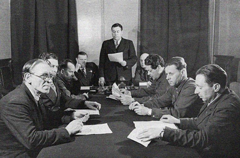 Закрытое заседание по одному из ленинградских дел. Фото © 22-91