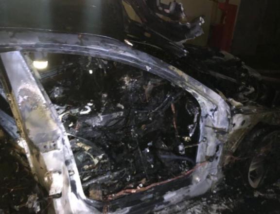Фото сожжённого автомобиля © Соцсети