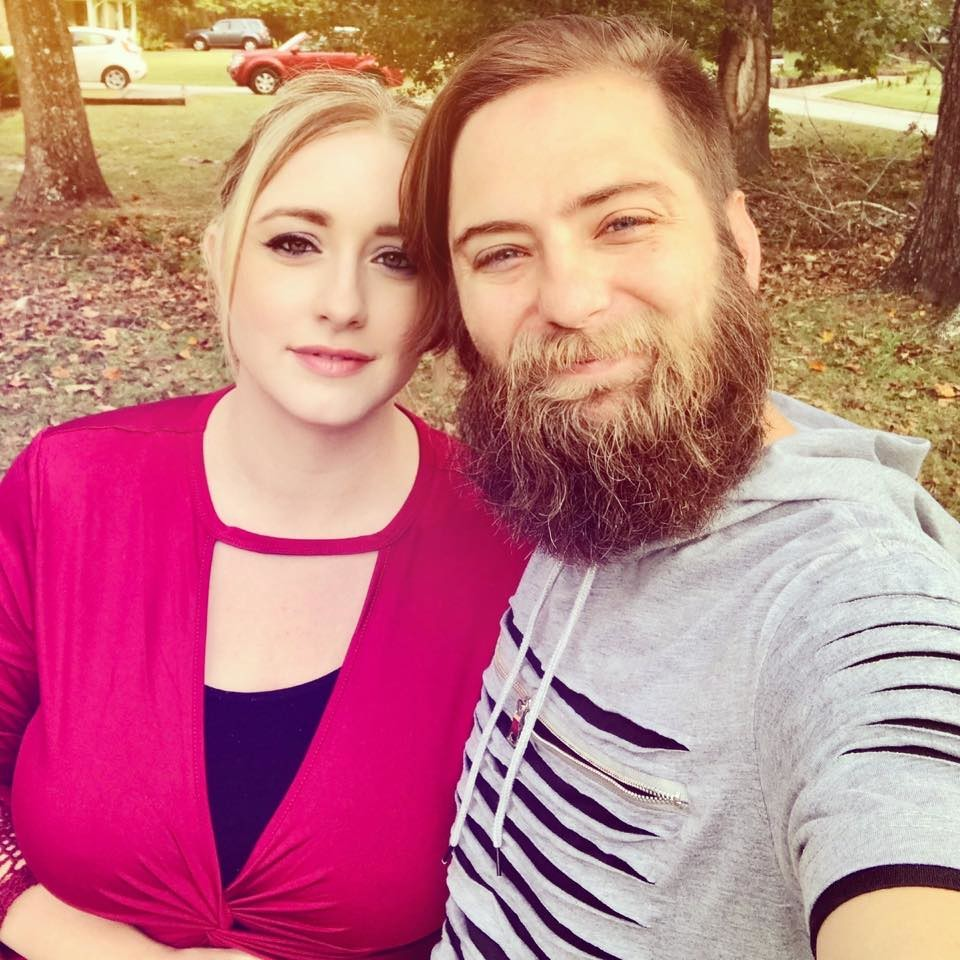Лейла Ливингстон с мужем. Фото © Facebook / Leila Livingston