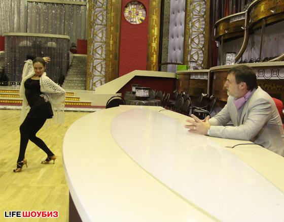 Александр посещает все репетиции Ляйсан