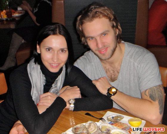 Хоккеист Александр Радулов расстался с женой спустя год