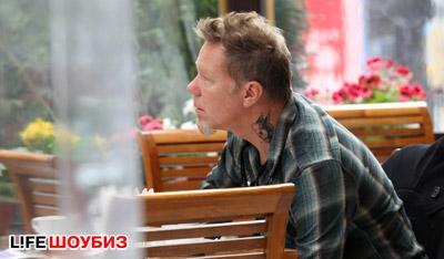 Хэтфилд в ресторане в Москве