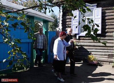 Главы государства заезжают в поселок раз в сто лет, поведали Путину местные