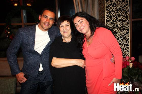 Дмитрий Иванов прекрасно ладит с мамой своей знаменитой супруги