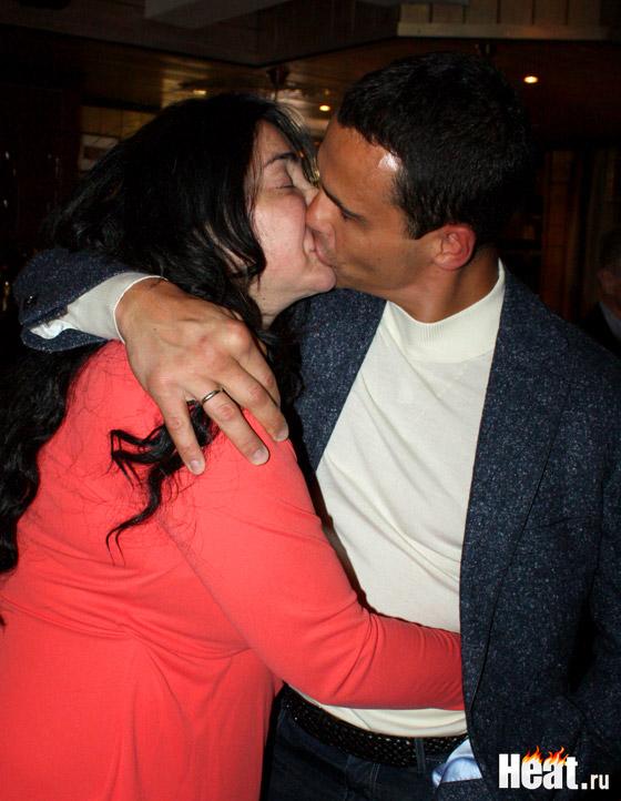Любящий супруг с пониманием отнесся к просьбе Лолиты перенести празднование его дня рождения на один день