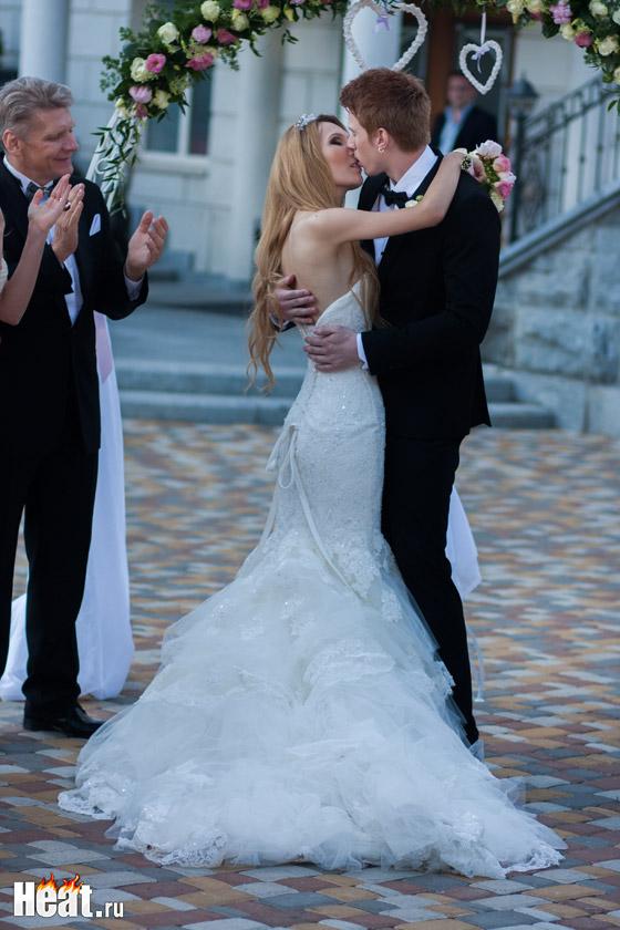 Невеста Никиты Преснякова уже выбрала свадебное платье