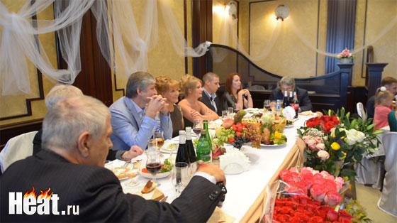 По случаю юбилея Елены Прокловой в ресторане собралось больше 100 гостей