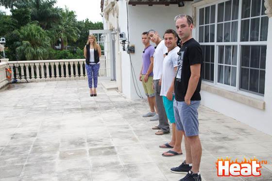 Четыре холостяка хотят найти русскую жену и представить ее своим родителям