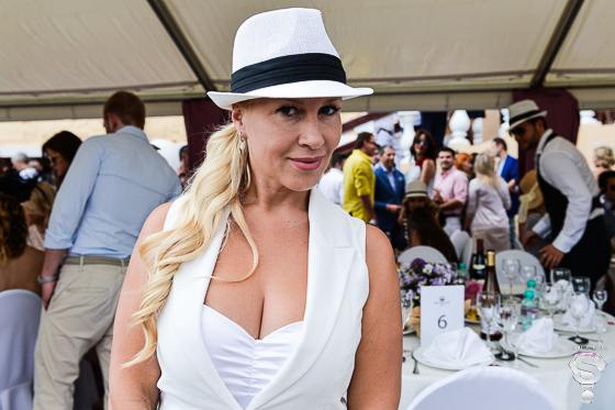 Светская дама Екатерина Одинцова