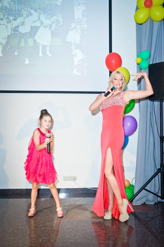 Анастасия Волочкова приучает дочь Ариадну к сцене