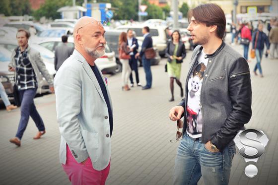Генеральный директор «Русской Медиагруппы» Сергей Кожевников и Роман Емельянов