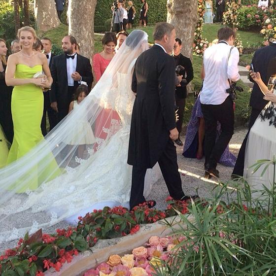 зацветает, цветет надя оболенцева и айрат исхаков фото поздравления родственников невесты